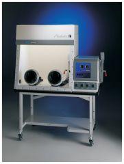 Protector Fiberglass Controlled Atmosphere Glove Box, 208/230V, 50/60Hz, British (UK) Plug & Receptacle