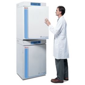 Thermo Scientific™ Forma™ Series II 3110 Water-Jacketed CO2 Incubator Packages